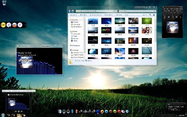 Desk 09 Windows 7 Themes
