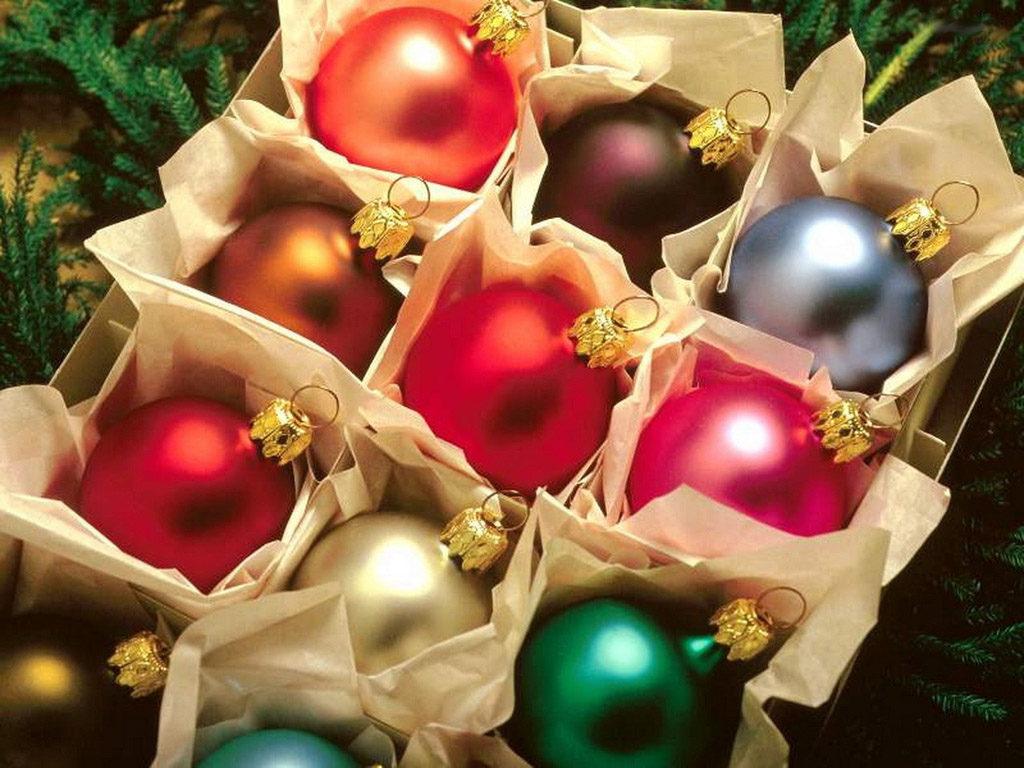christmas-balls-1385