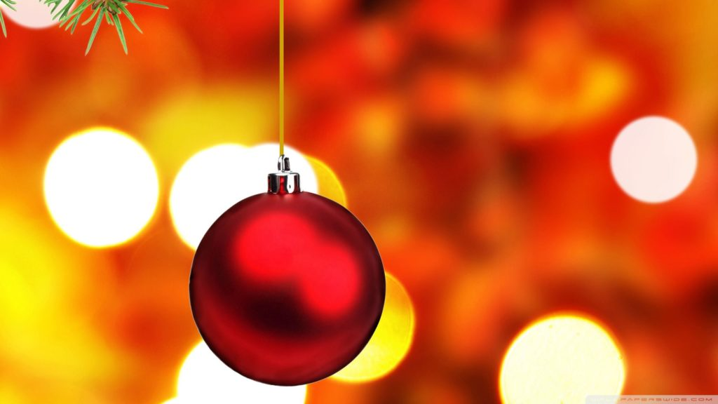 christmas-tree-ball-wallpaper