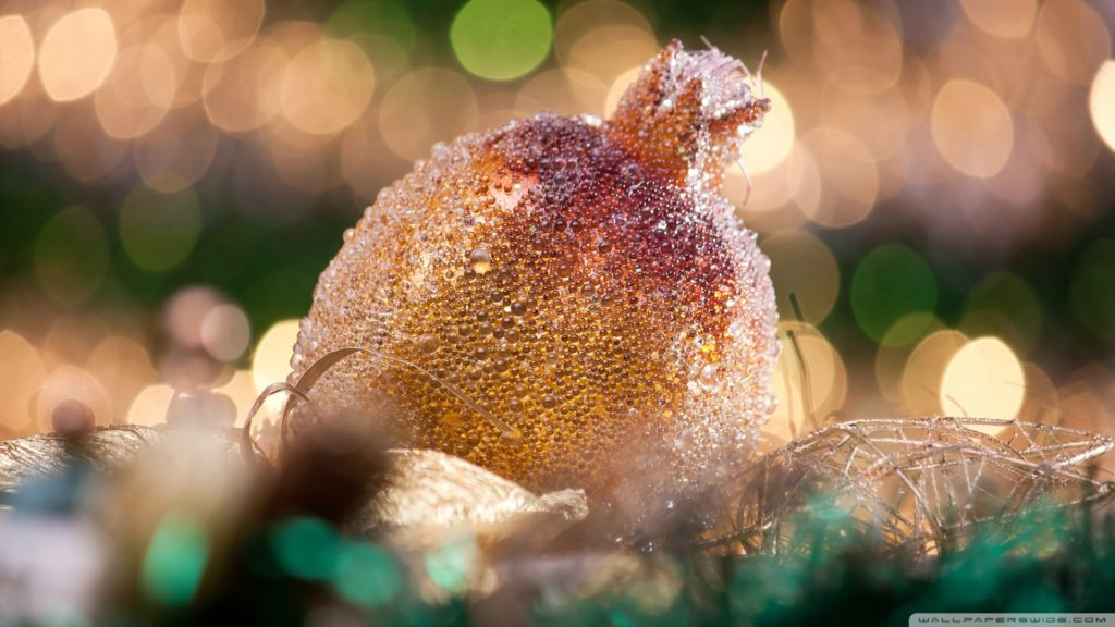 christmas_ball_bokeh-wallpaper-1920x1080